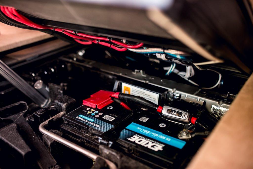 BMW X3 сабвуфер Омск