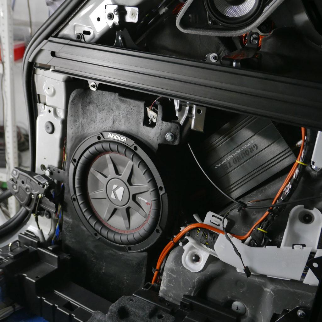 Сабвуфер стелс BMW X5 g05